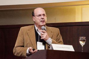 Dr. Paulo M. Bruno