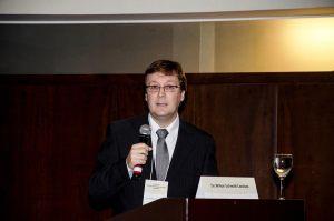 Dr. Wilton Schimidt Cardozo
